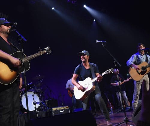 Luke Bryan Joins the Peach Pickers Onstage at the Ryman