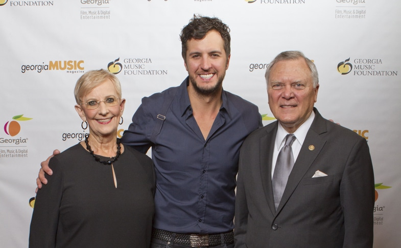 Governor and First Lady Deal with Luke Bryan